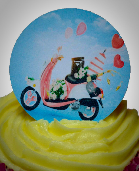 Edible cake toppers decoration - Wedding scooter